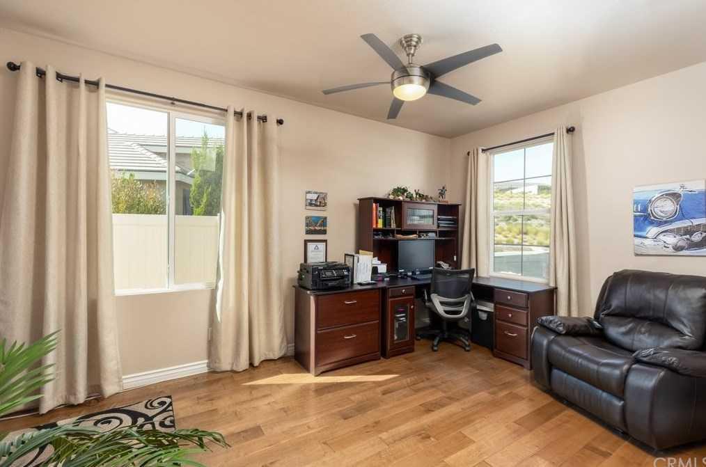 ActiveUnderContract   1529 Tattlesall Beaumont, CA 92223 13