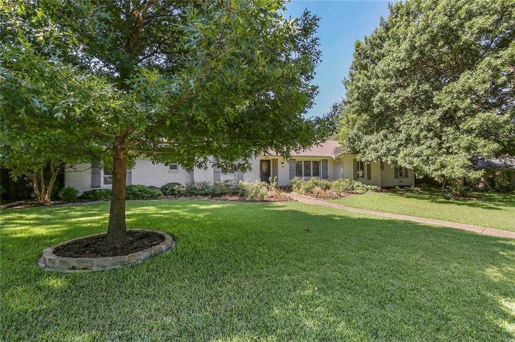Housed Real Estate | Rach Potter | 7412 Larchview  Drive Dallas, TX 75254 4