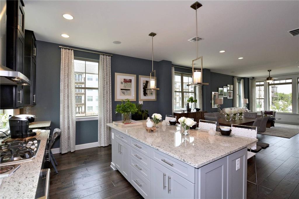 Sold Property | 1062 Manacor Lane Dallas, Texas 75212 2