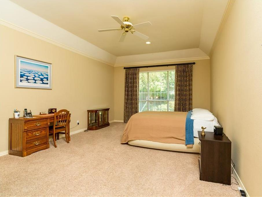 Expired | 2820 Oakbriar Trail Fort Worth, Texas 76109 23