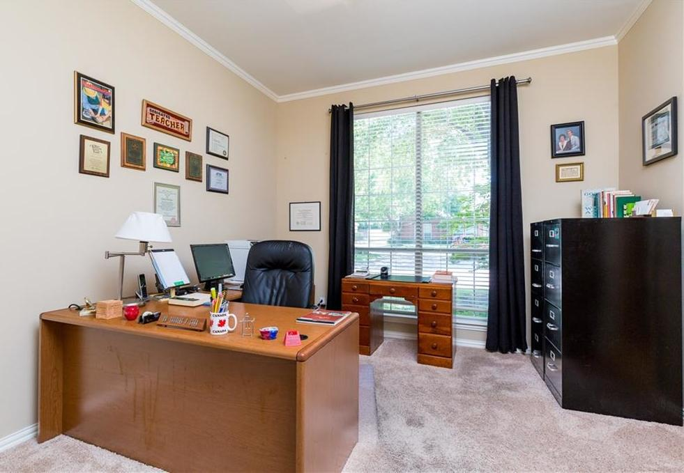 Expired | 2820 Oakbriar Trail Fort Worth, Texas 76109 30