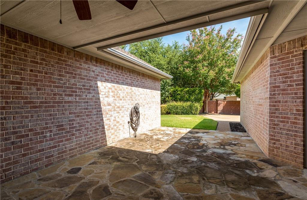 Expired | 2820 Oakbriar Trail Fort Worth, Texas 76109 33