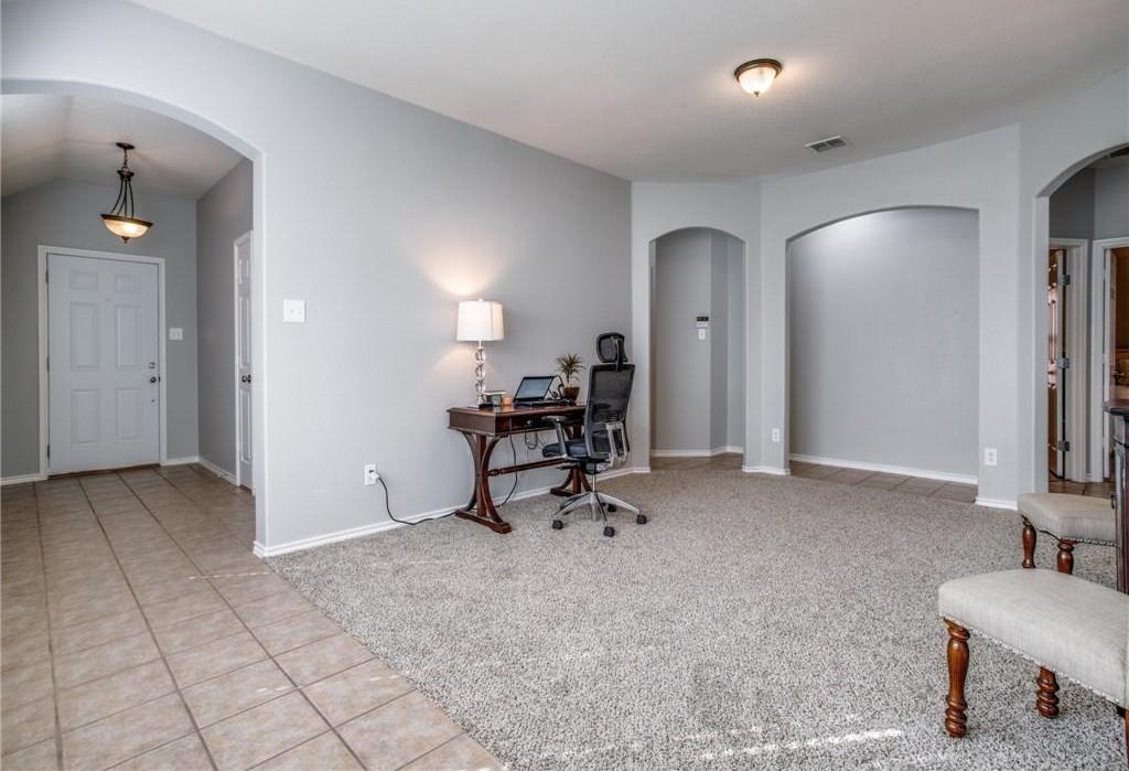 Sold Property | 5423 Lavaca Road Grand Prairie, Texas 75052 4