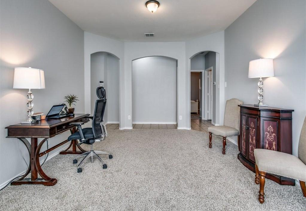 Sold Property | 5423 Lavaca Road Grand Prairie, Texas 75052 5