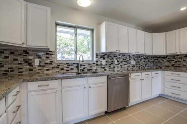 Sold Property | 227 Classen Drive Dallas, Texas 75218 5