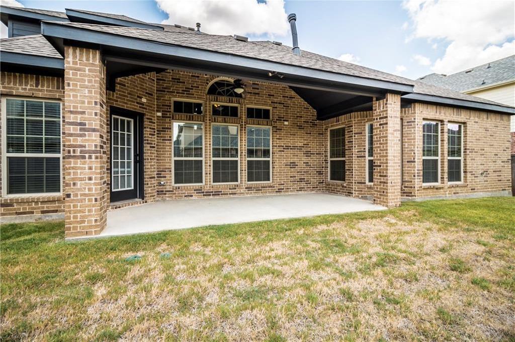 Leased | 2923 Pino  Grand Prairie, Texas 75054 4