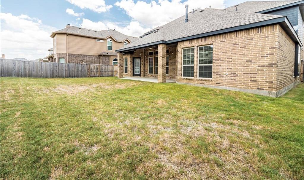 Leased | 2923 Pino  Grand Prairie, Texas 75054 5