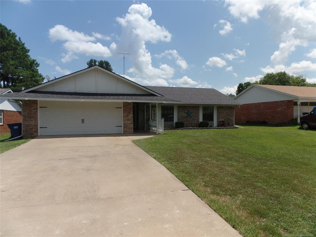 Off Market | 1920 Green Meadows Drive McAlester, Oklahoma 74501 2