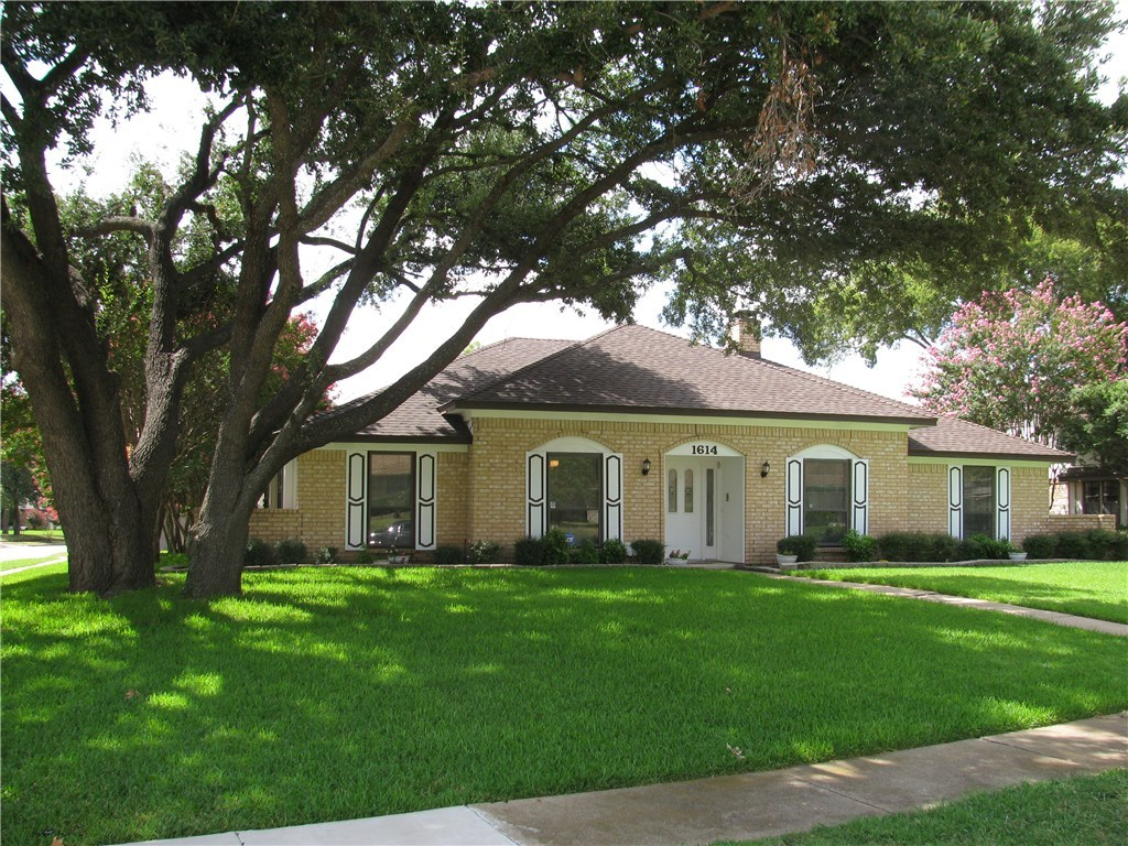 Sold Property | 1614 Tulane Drive Richardson, Texas 75081 2