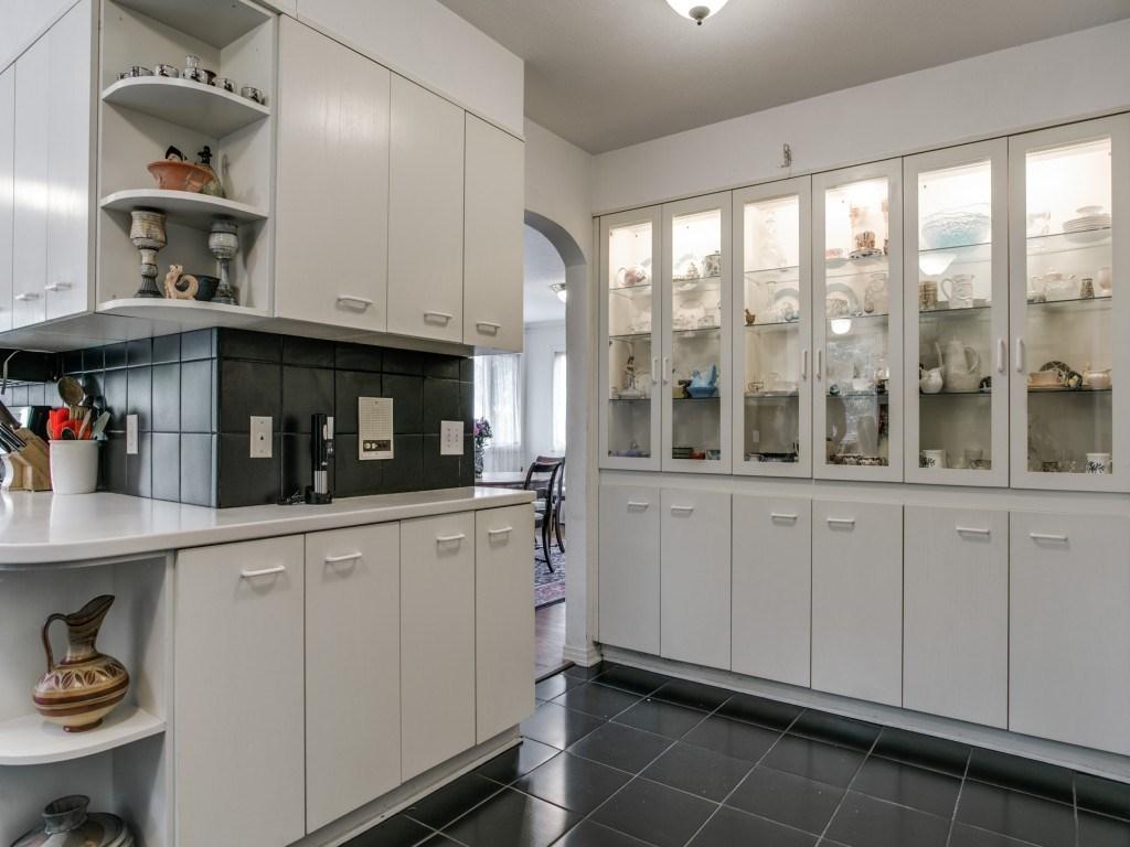 Sold Property | 6223 Mccommas Boulevard Dallas, Texas 75214 12
