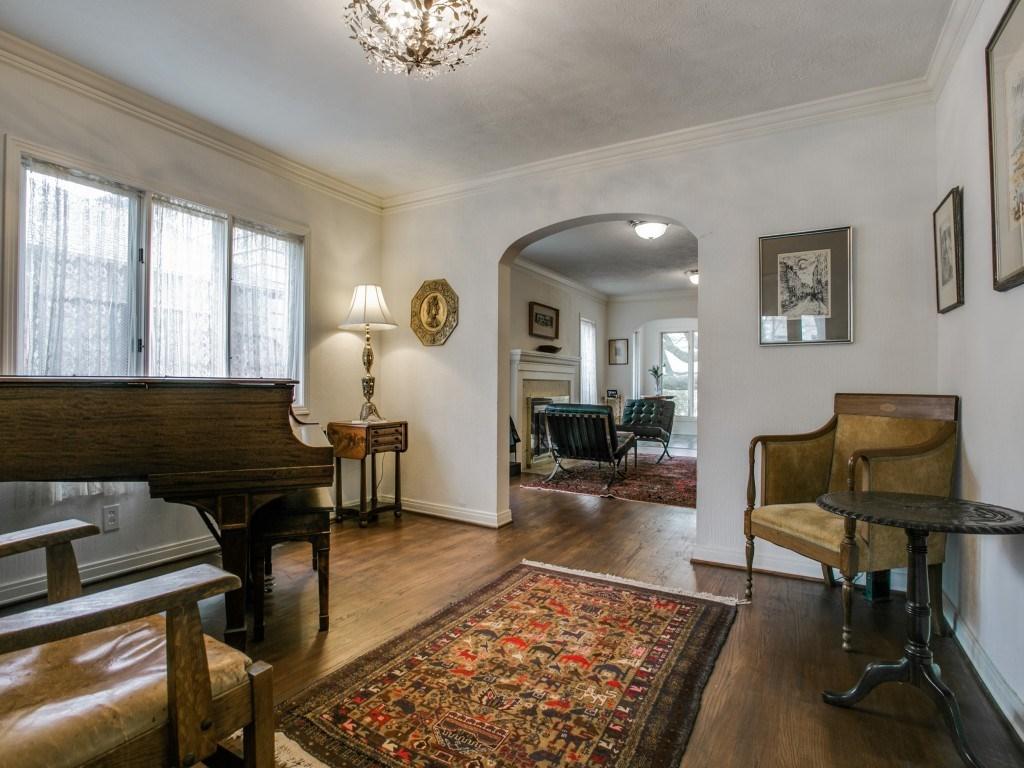 Sold Property | 6223 Mccommas Boulevard Dallas, Texas 75214 6