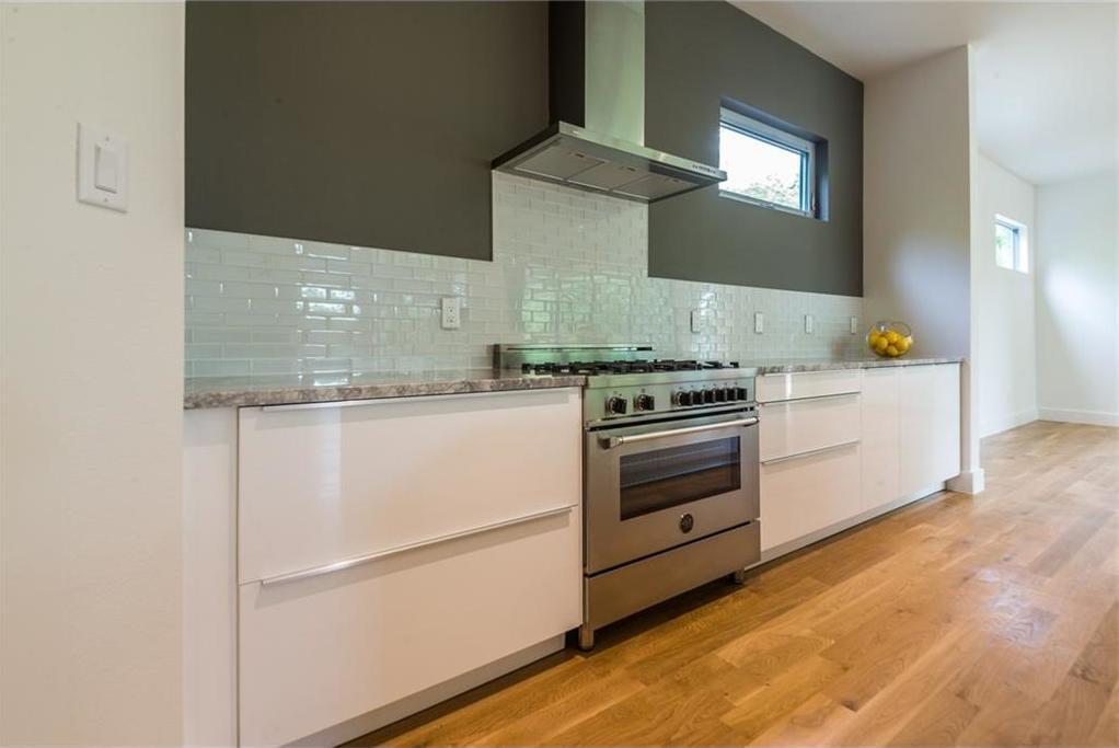 Sold Property | 1810 Loving Avenue Dallas, Texas 75214 11