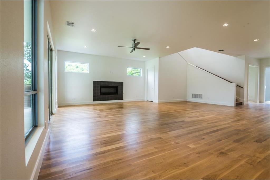 Sold Property | 1810 Loving Avenue Dallas, Texas 75214 16