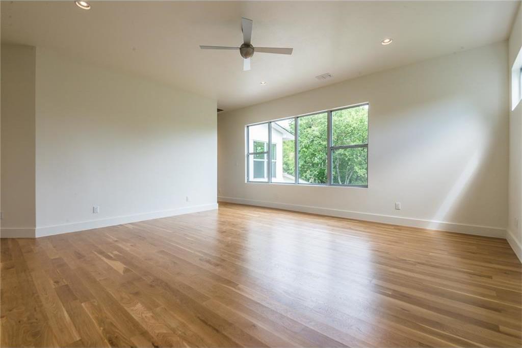 Sold Property | 1810 Loving Avenue Dallas, Texas 75214 19