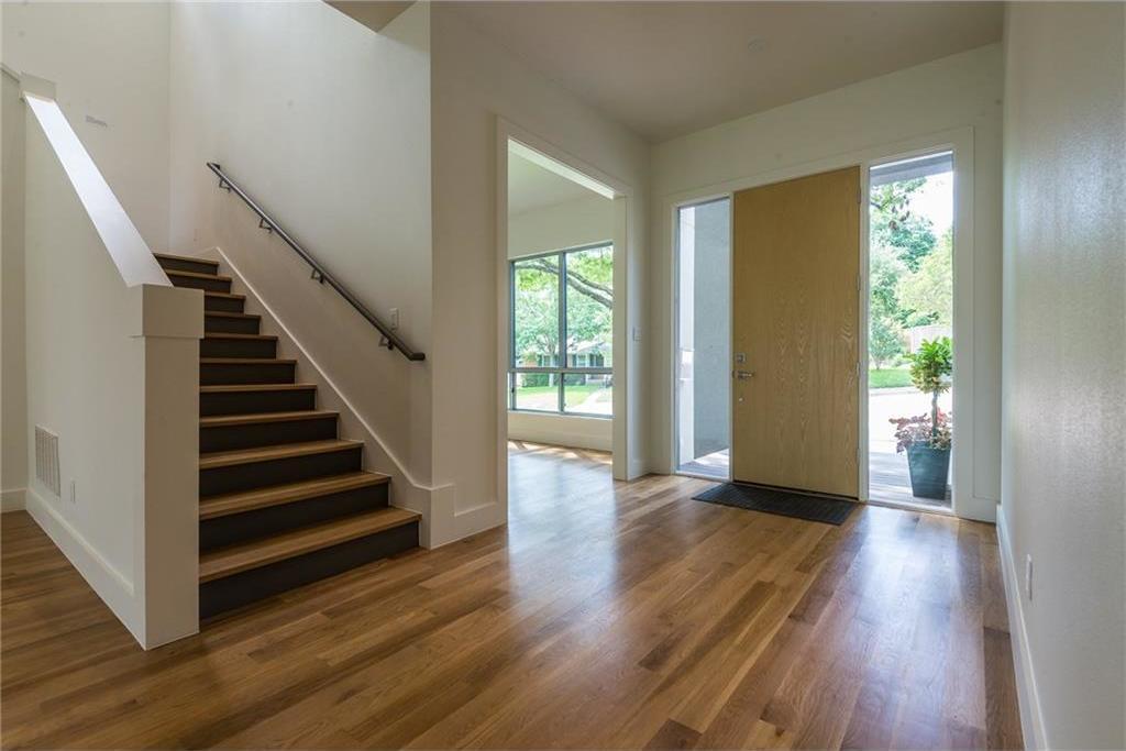 Sold Property | 1810 Loving Avenue Dallas, Texas 75214 2