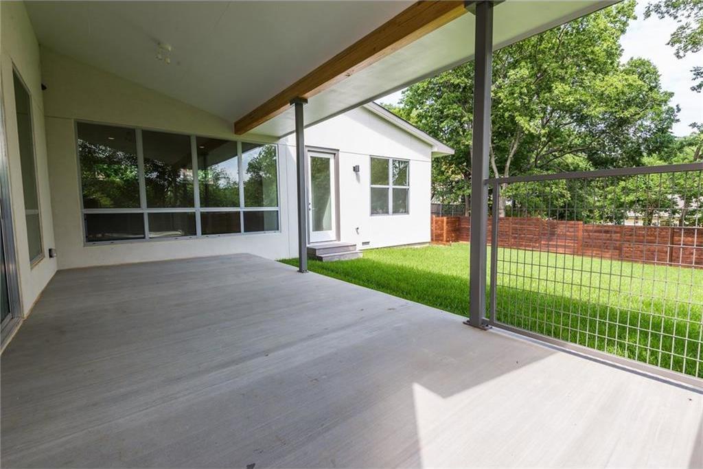 Sold Property | 1810 Loving Avenue Dallas, Texas 75214 32