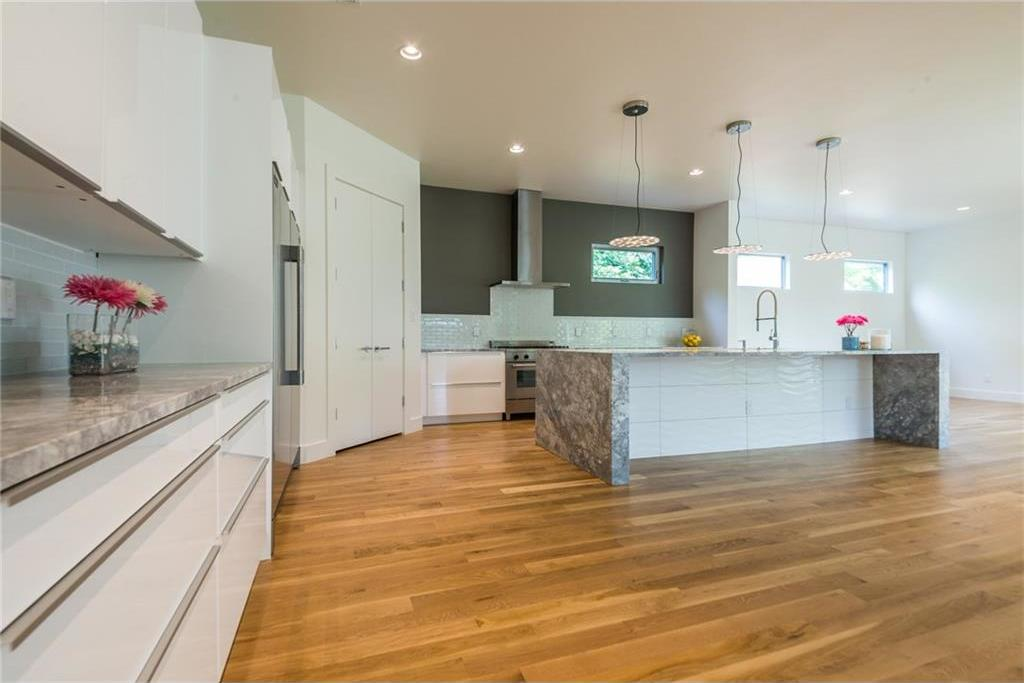 Sold Property | 1810 Loving Avenue Dallas, Texas 75214 6