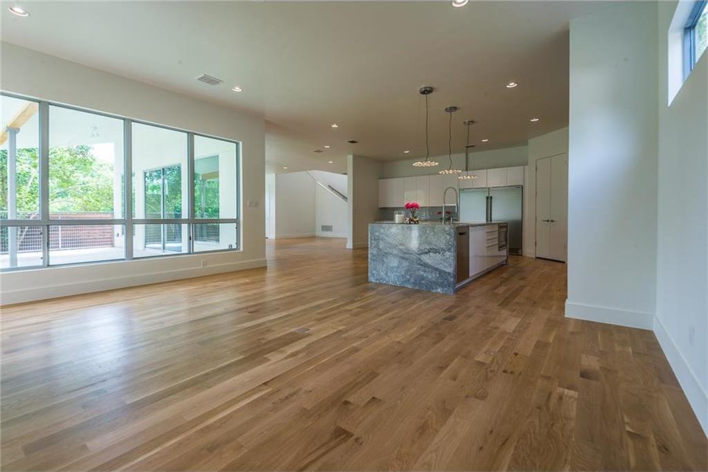 Sold Property | 1810 Loving Avenue Dallas, Texas 75214 9