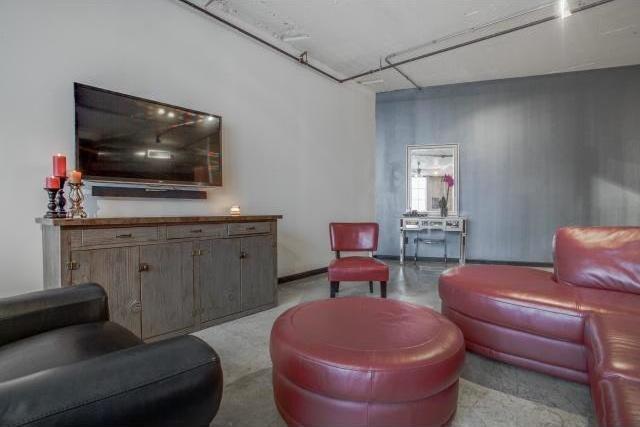 Sold Property | 1122 Jackson Street #706 Dallas, Texas 75202 1