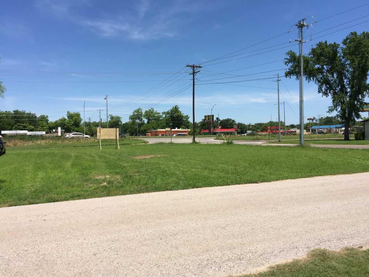 Commercial Lot for Sale Bastrop TX | 807 College St Bastrop, TX 78602 8