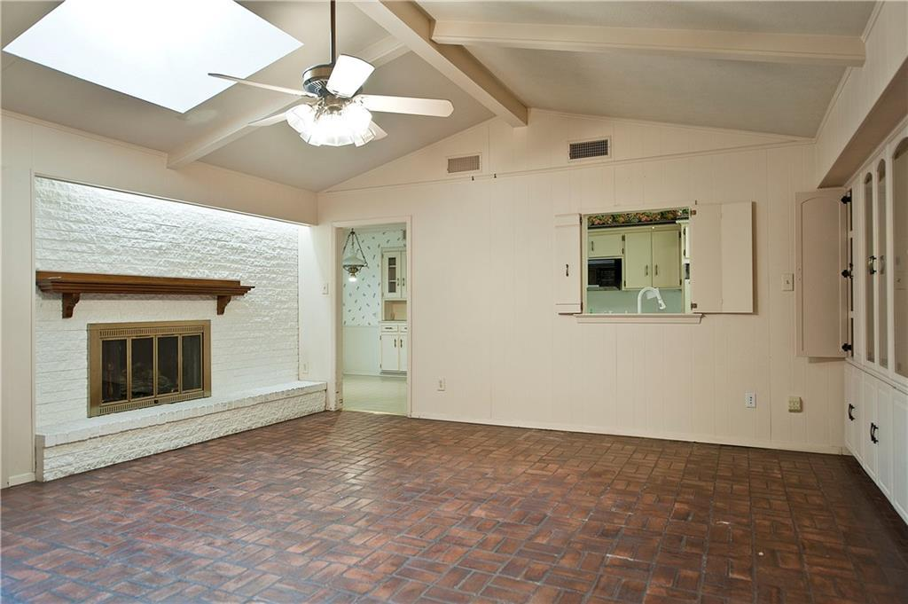Sold Property | 4308 Laren Lane Dallas, Texas 75244 6