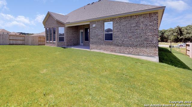 Off Market   111 Stablewood Court  Boerne, TX 78006 23