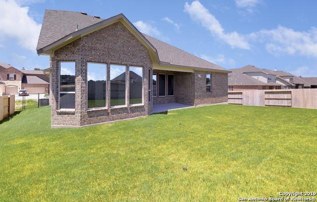 Off Market   111 Stablewood Court  Boerne, TX 78006 24