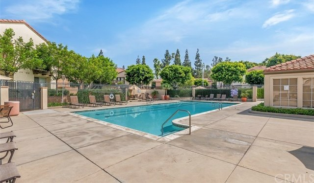Off Market | 192 S Cross Creek Road #E Orange, CA 92869 16