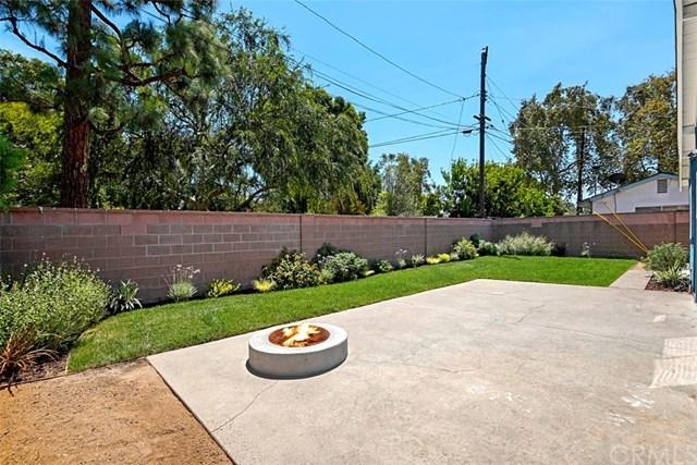 Closed | 2014 Roxanne Avenue Long Beach, CA 90815 2