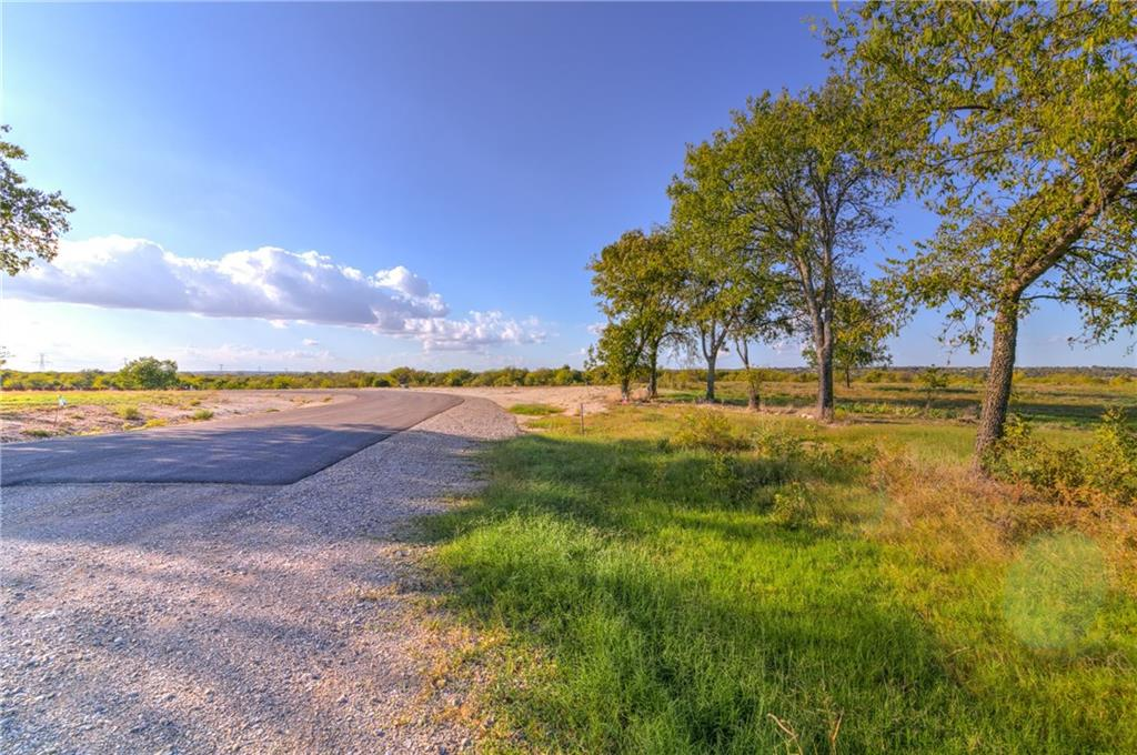 Sold Property | 8023 Hencken Ranch Road Fort Worth, Texas 76126 17
