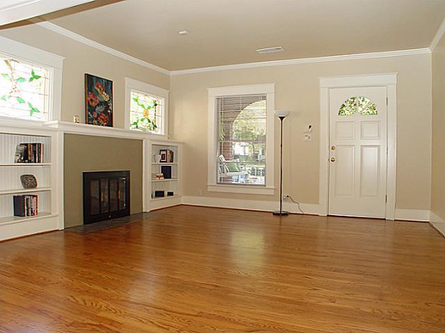 Sold Property | 6028 Palo Pinto Avenue Dallas, Texas 75206 2