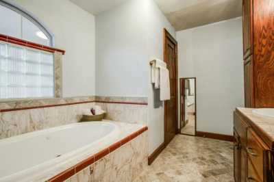 Sold Property | 2511 Abrams Road Dallas, Texas 75214 18