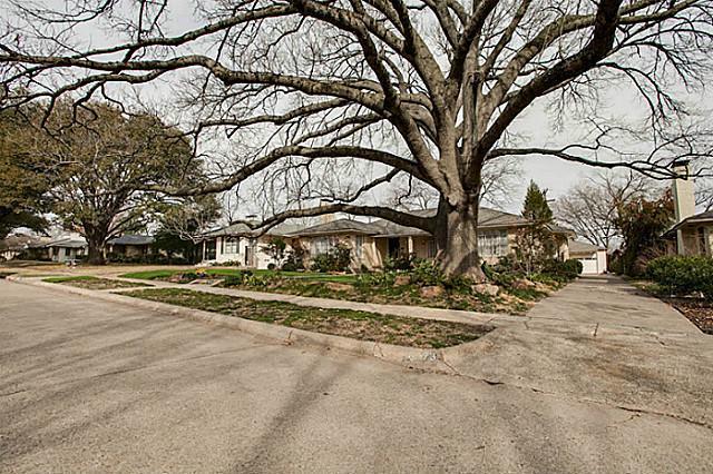 Sold Property | 6973 Southridge Drive Dallas, Texas 75214 2