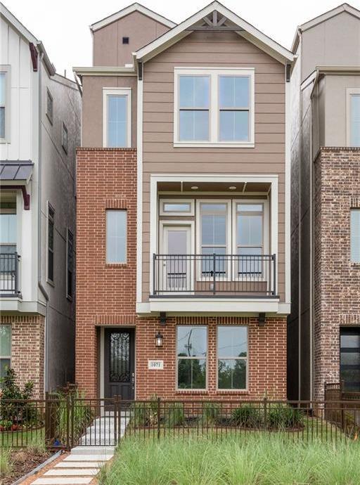 Sold Property   1071 Tea Olive Lane Dallas, Texas 75212 0