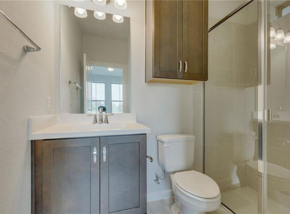 Sold Property   1071 Tea Olive Lane Dallas, Texas 75212 3