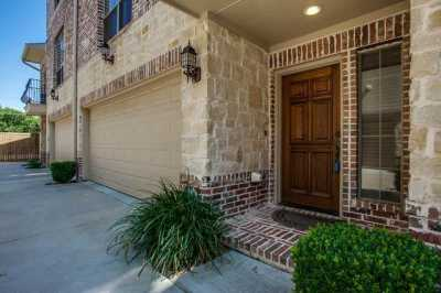 Sold Property | 1910 Hope Street #3 Dallas, Texas 75206 2