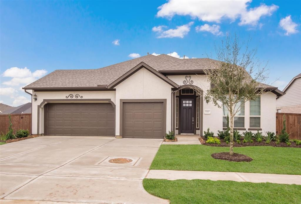 Active | 6919 Red Oak Drive Katy, TX 77493 0