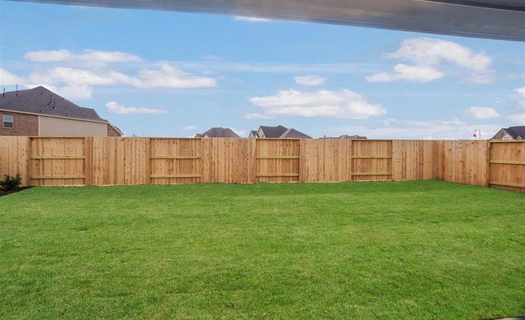 Active   6919 Red Oak Drive Katy, TX 77493 25