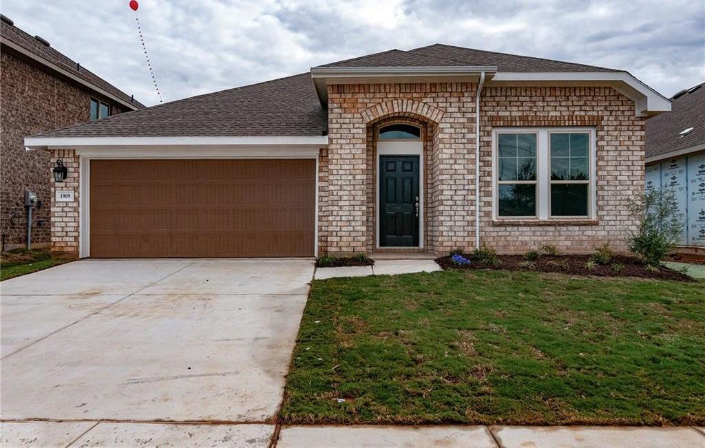 Sold Property | 1909 Highlander Court Fort Worth, Texas 76120 0