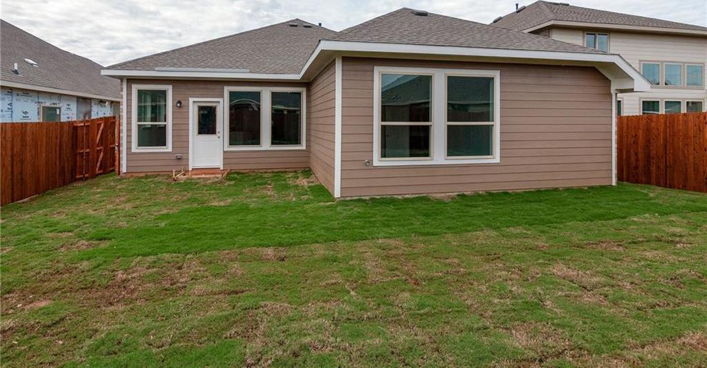 Sold Property | 1909 Highlander Court Fort Worth, Texas 76120 8