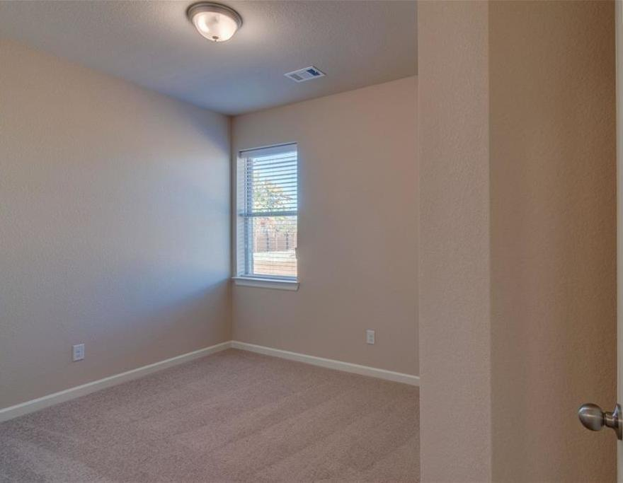 Sold Property | 1904 Highlander Court Fort Worth, Texas 76120 11