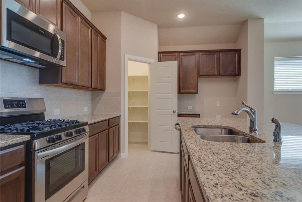 Sold Property | 1904 Highlander Court Fort Worth, Texas 76120 6