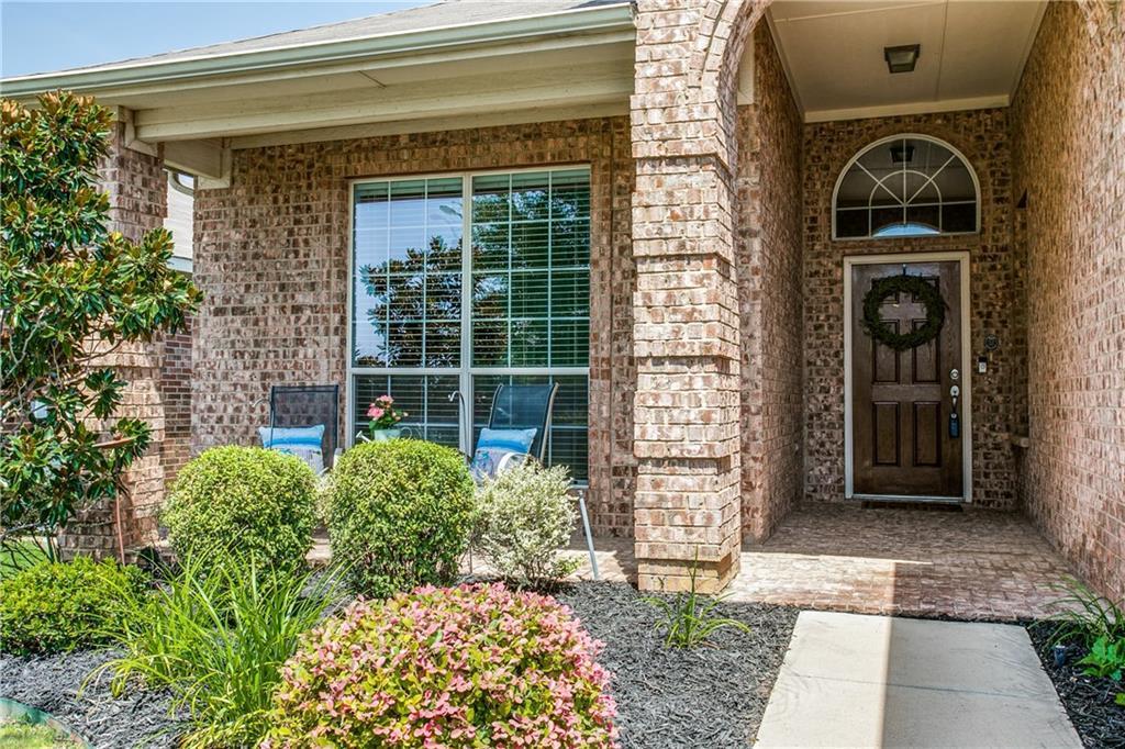 Sold Property | 10149 Bull Run Fort Worth, Texas 76177 2