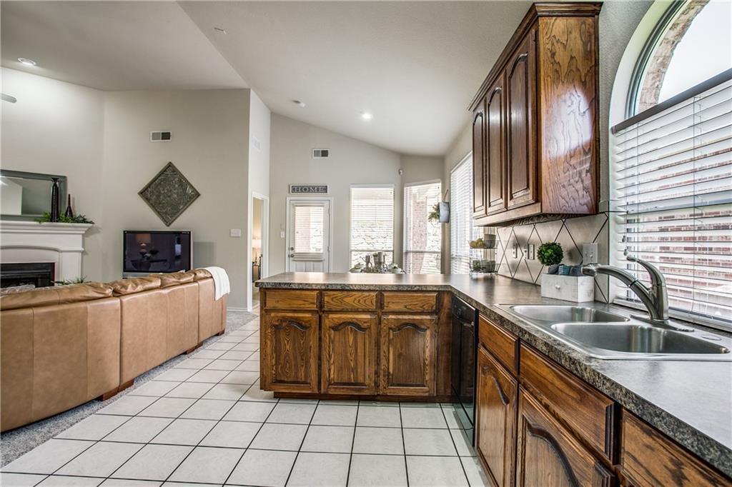Sold Property | 10149 Bull Run Fort Worth, Texas 76177 12