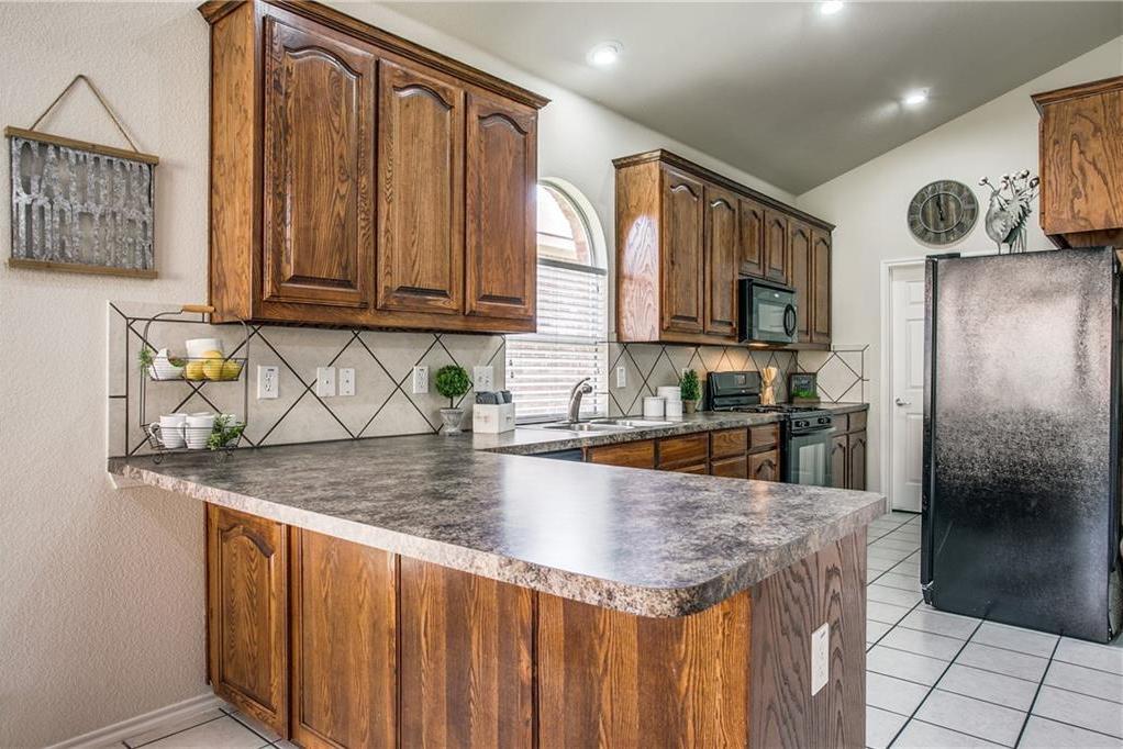 Sold Property | 10149 Bull Run Fort Worth, Texas 76177 9