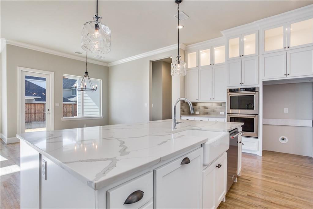 Sold Property | 5008 Steinbeck Street Carrollton, Texas 75010 3