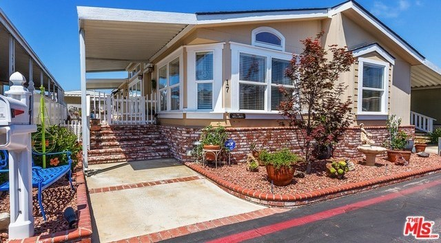 Closed | 16444 BOLSA CHICA Street #17 Huntington Beach, CA 92649 0