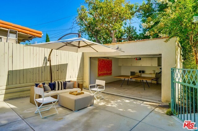Closed | 9014 NORMA  Place West Hollywood, CA 90069 52