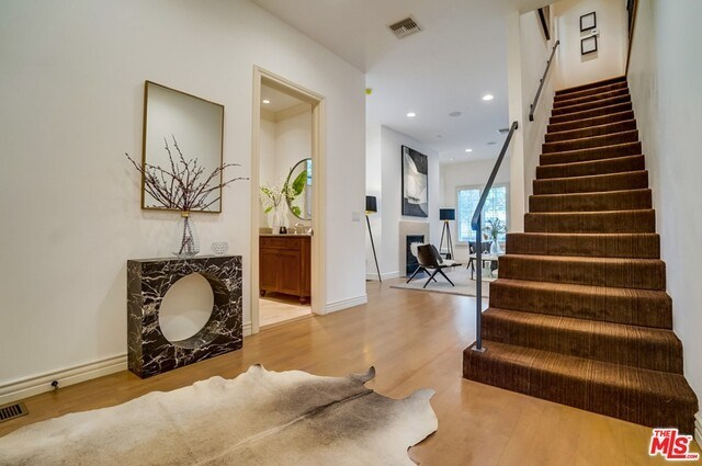 Closed | 9014 NORMA  Place West Hollywood, CA 90069 7