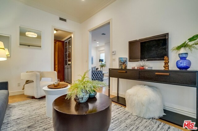 Closed | 9014 NORMA  Place West Hollywood, CA 90069 17